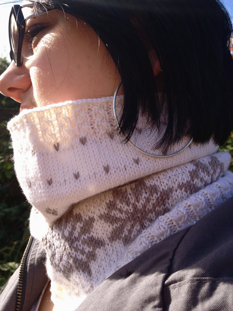 Hush Cowl - new pattern!