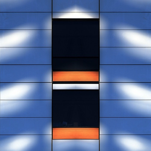 light lines lightandshadows graphic absolut urbangeometry melbourneaustralia artonthestreets geometriegeometry