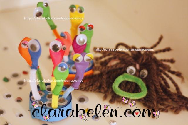 Sencilla manualidad de Halloween para niños con globlos, plastilina y limpiapipas