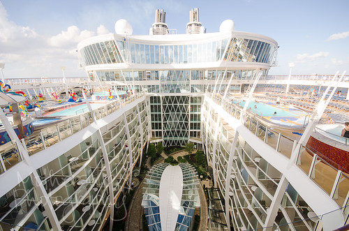 Allure of the Seas - ship tour