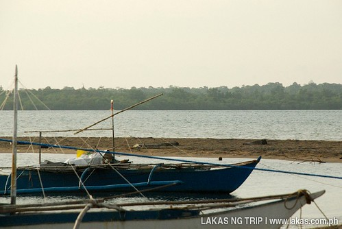 Boats at Borbon Beach with Rasa Island in the background (taken the next day)