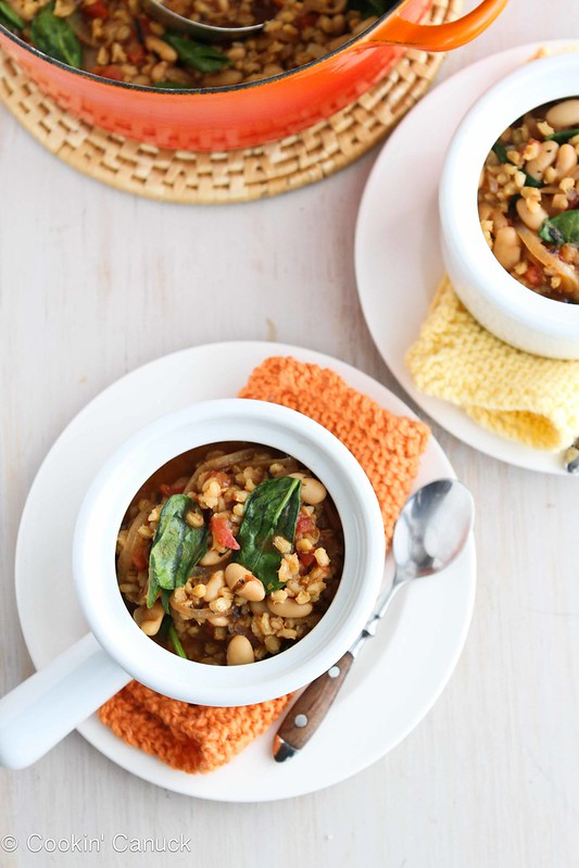 Barley Stew with Caramelized Onions, White Beans & Spinach ...Healthy comfort food! 261 calories & 6 Weight Watchers PP | cookincanuck.com #vegan #vegetarian