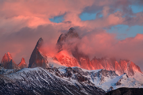 travel mountain nature argentina sunrise landscape day cloudy fitzroy monte alchalten