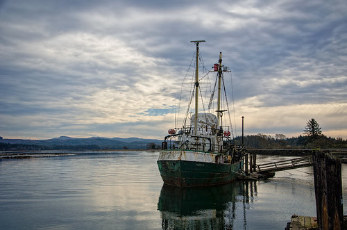 sky clouds watercolor bay pier boat nikon decay working hero pacificnorthwest pnw willapabay resilience baycenter researchvessel scrappiness baycenterwa mvherobaycenterwa mvhero rvherobaycenterwa