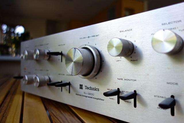 Technics SU-3200 Stereo Integrated Amplifier