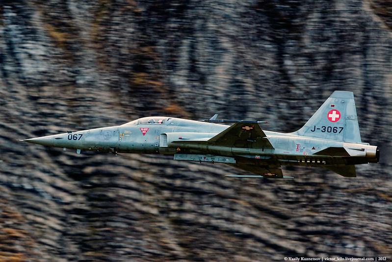 Swiss AF F-5E J-3067 at AXALP 2012