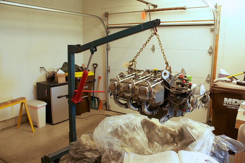 Mounting The Engine