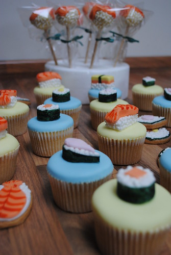 Sushi party cakes, cookies and cake pops