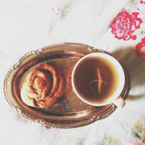 cinnamon buns and chopin are helping me write today.