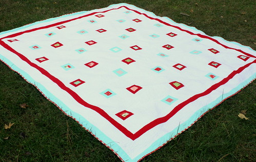 finished bliss quilt from the side