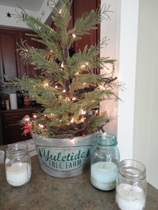 give your decor a vintage makeover with this budget decoration idea simple christmas tree with minimal lights is working wonders for this decoration