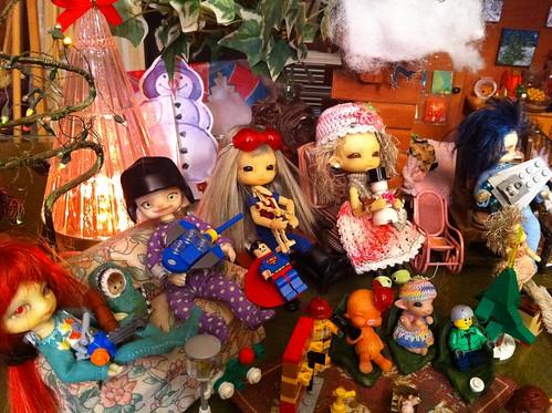 LeGo Advent 2012 PartyMosT! ~ VampFae Sageling & SpookyJester, Zephyr, TiGGy & ByGBy, w/ Boneka Kayu, Baby Pearlie & Tigglet by DollZWize