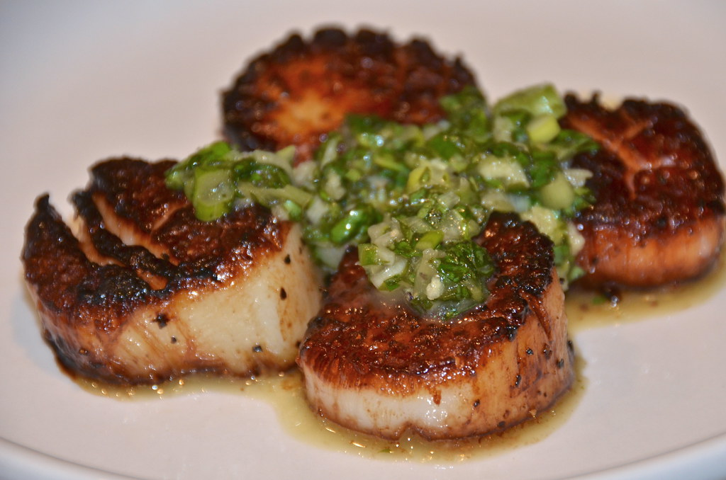 Caramelized Scallops with Chimichurri