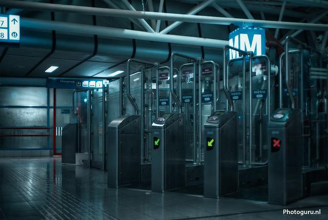 metrostation verlaten