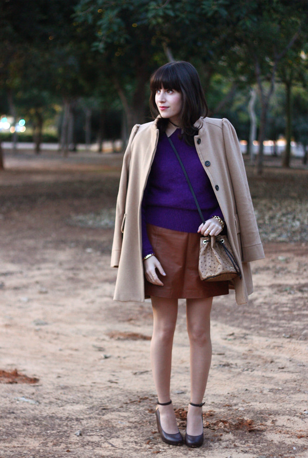 acne_sweater_topshop_leather_skirt4