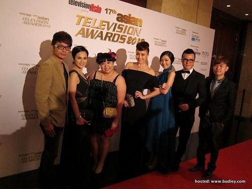 Stars (L-R) - Victor Lee, Yeo Yann Yann, Lim Jing Miao, Debbie Goh, Jojo Goh, Frederick Lee, Wu Jia Hui