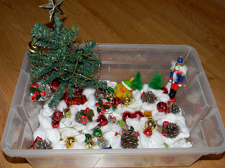 December Sensory Bin (Photo from Jada Roo Can Do)