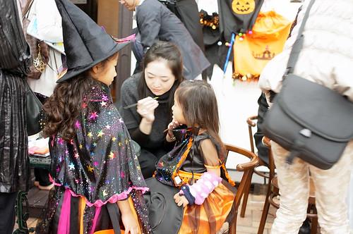 Yamate-Halloween-Walk2012-16-R0022489