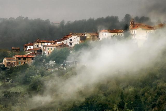 La nebbia agli irti colli...........
