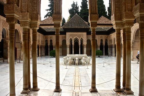 Patio de los Leones, Alhambra