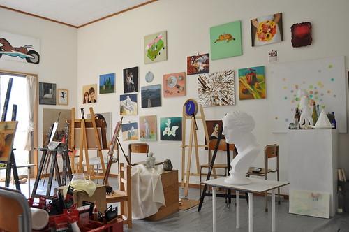 大人のための絵画教室の特色