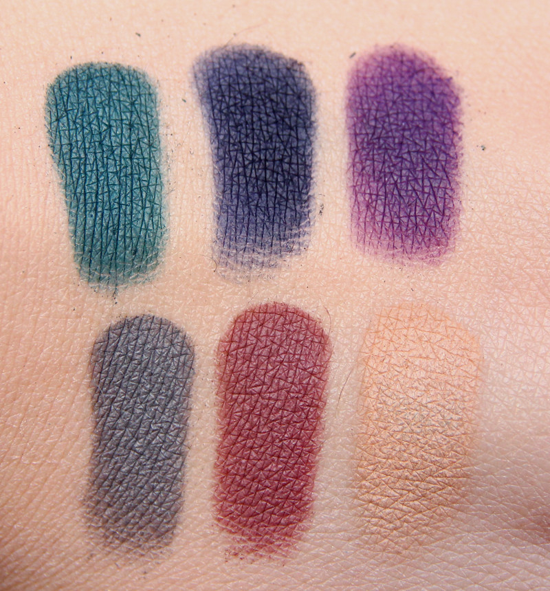 Sleek ultra mattes v2-darks swatch1