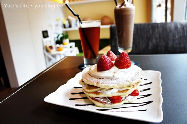 [桃園食記]*Relax'n cafe 放鬆吧‧早午餐&草莓香蕉煎餅塔之約     »邀約