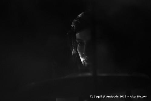 2012-11-TY_SEGALL-alter1fo 13