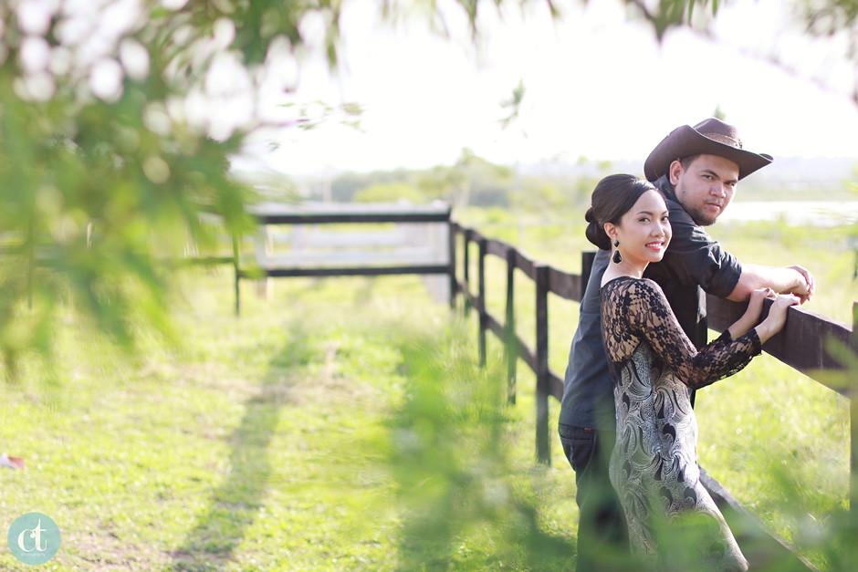 The Ranch Resort Engagement, Toledo City Wedding Photographer