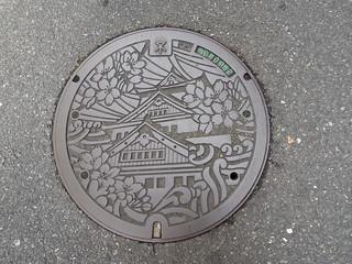 大阪市内のマンホール