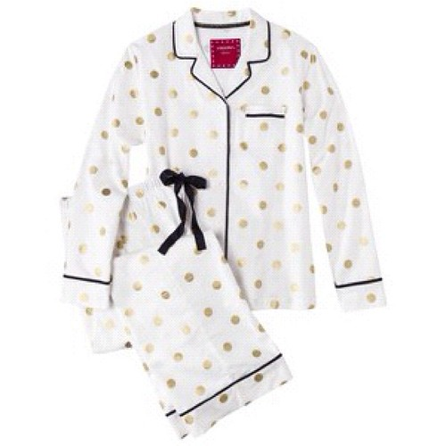 Guess who's getting these monogrammed? Fabulous pajamas with gold polka dots are perfect for the Holidays!