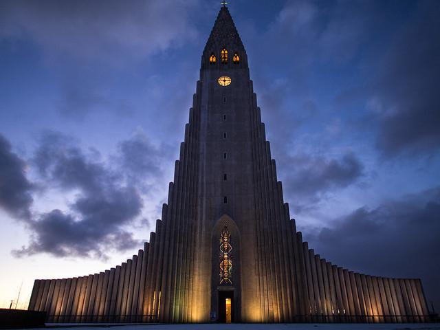 Iglesia de Hallgrimskirkja, Reikiavik, Islandia.
