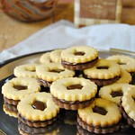Cookies with chocolate dulce de leche