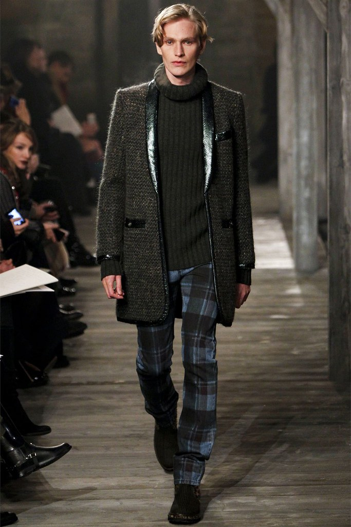 Gerhard Freidl3327_CHANEL PRE-FALL 2013(Homme Model)