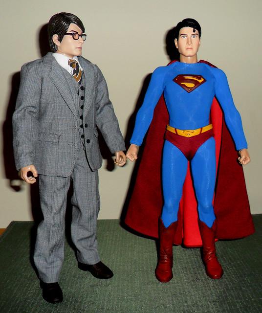 Hot Toys Clark Kent 65