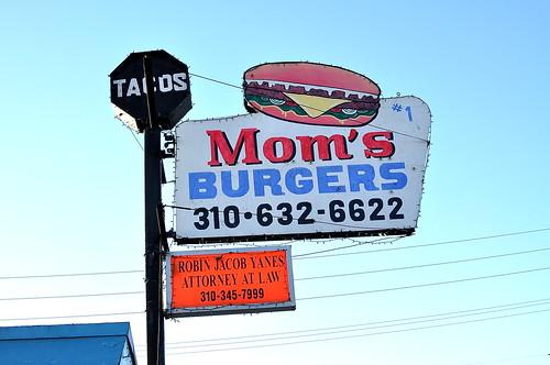 Mom's Burgers - Compton