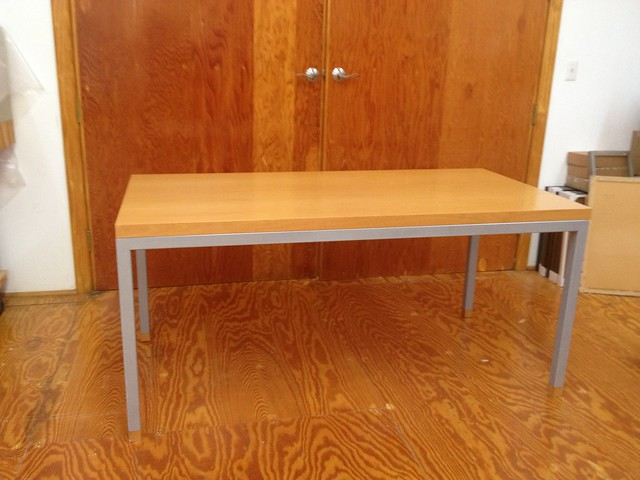 OFFICE DESK DINING ROOM TABLE- LAMINATE Wood Top and Metal Legs ...