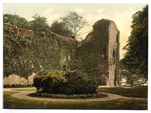 Abergavenny Castle  (LOC)