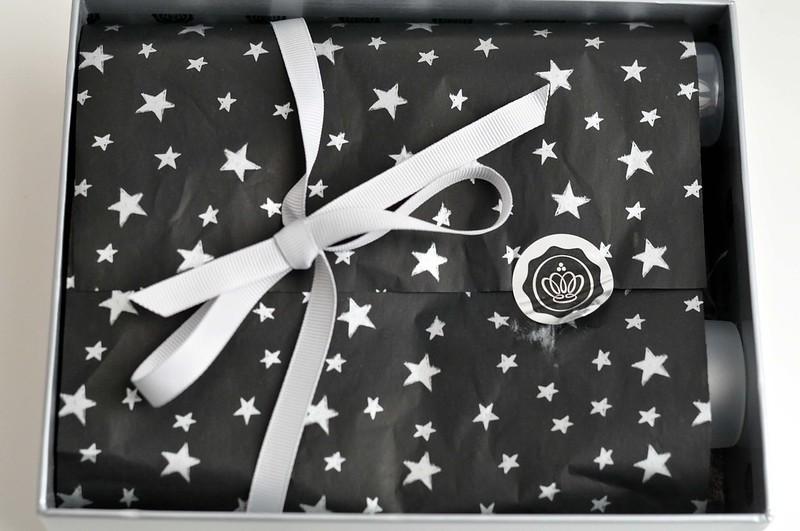 glossybox december christmas 2012 box 4
