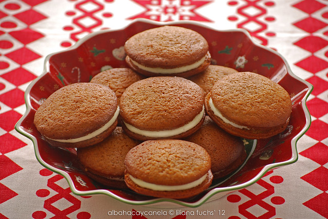 Christmas whoopies