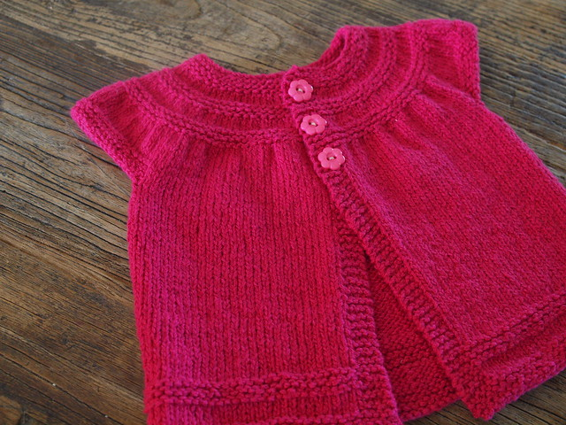 Free Knitting Patterns For Baby Sweaters Beginners : baby knitting patterns for beginners