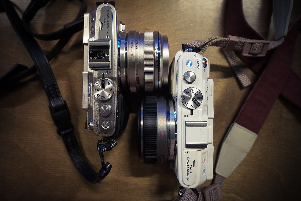 *OM17mm f/1.8 vs Panny 20mm f/1.7