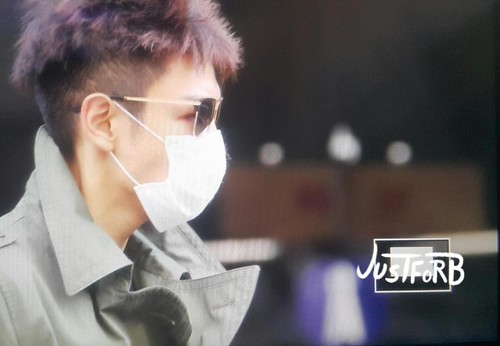 BIGBANG KBS Sketchbook - leaving after rehearsals 2015-06-02 003
