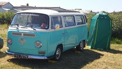 VW T2 Camper (1972) with leaning outdoor facility!