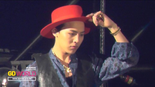 G-Dragon - Tokyo Girls Collection - 28feb2015 - GD World - 03