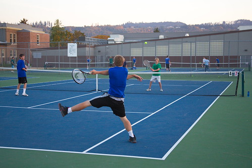 Tennis akimbo by The Bacher Family