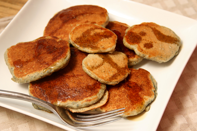 cornmeal molasses pancakes 8