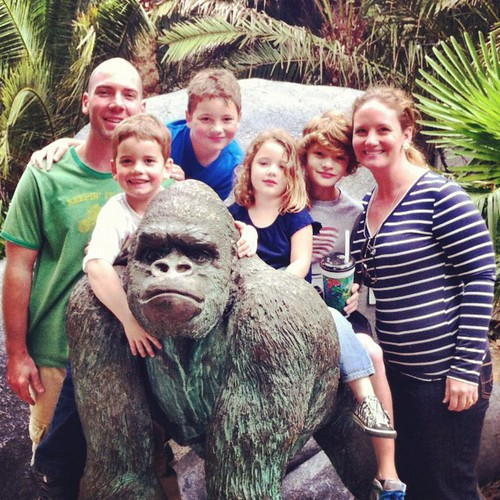 Thankful for a rare family shot at The Jacksonville Zoo. {thanks to a stranger}