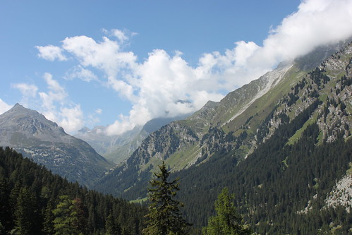 20120817_5840_Swiss-mountain-scenery