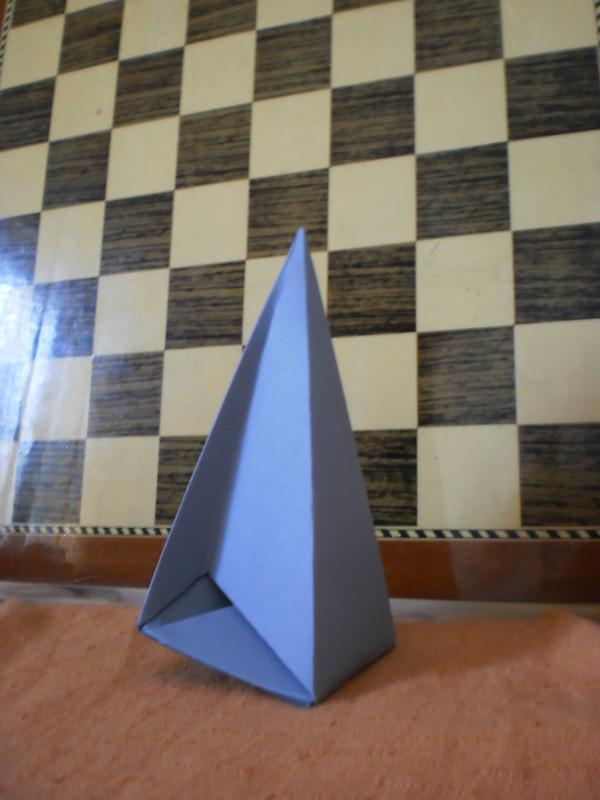 """Relanzamiento de la iniciativa """"Yo construí el poliedro de Császár"""" con una nueva imagen: Martí"""